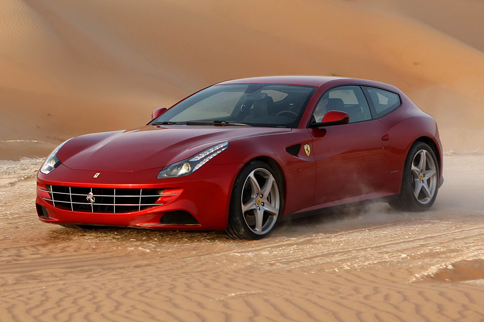 Ferrari FF photo 07