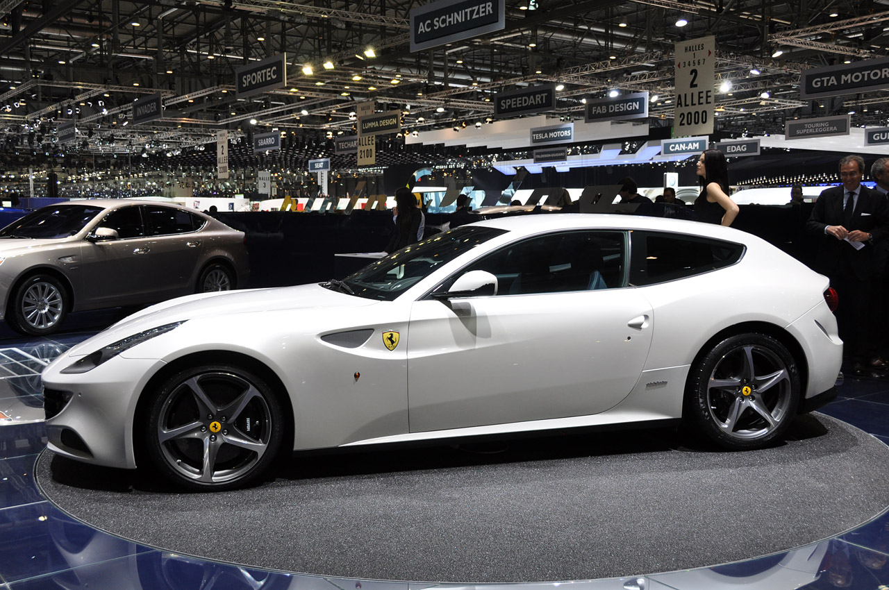 Ferrari FF photo 08