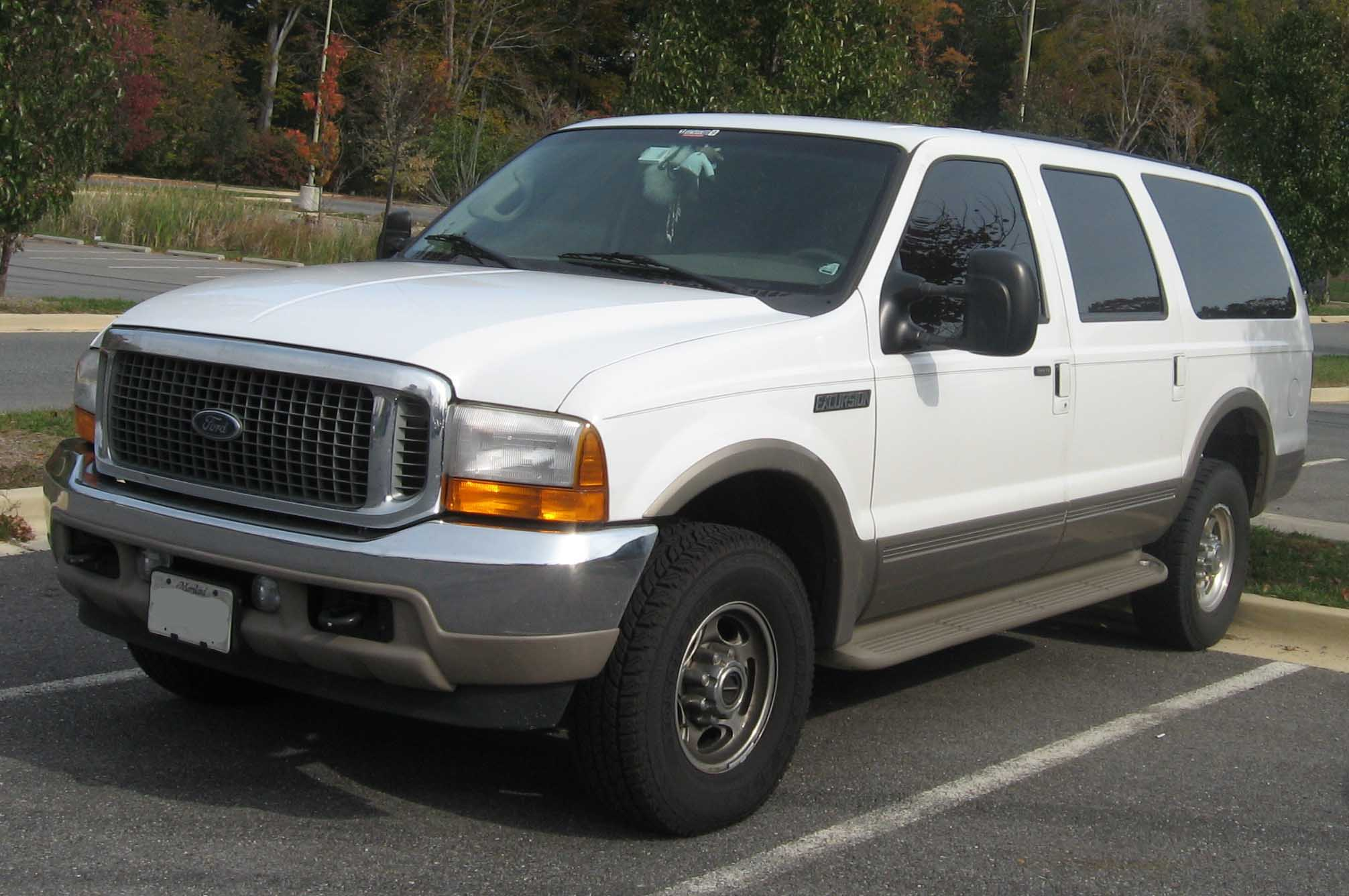 Ford Excursion photo 10