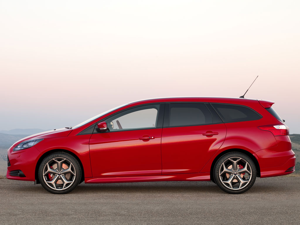 ford focus st turnier technical details history    parts