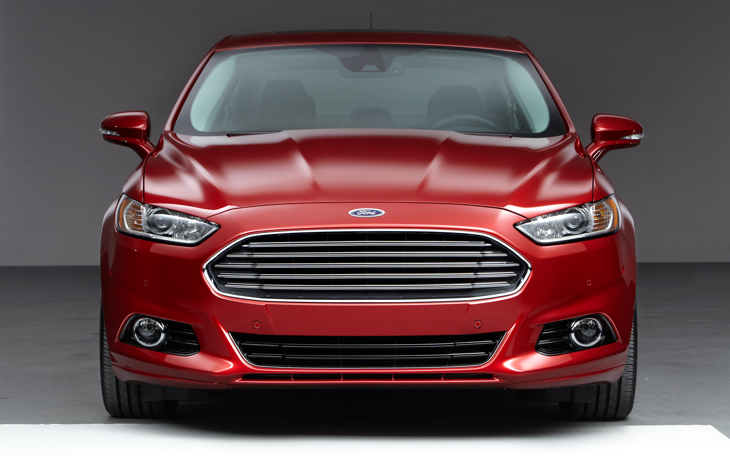 Ford Fusion photo 01
