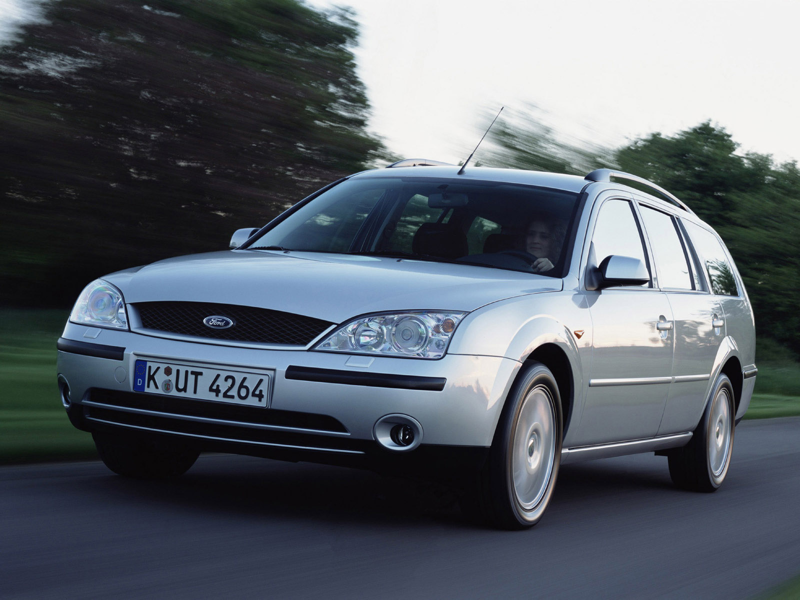 Ford Mondeo Turnier image #15