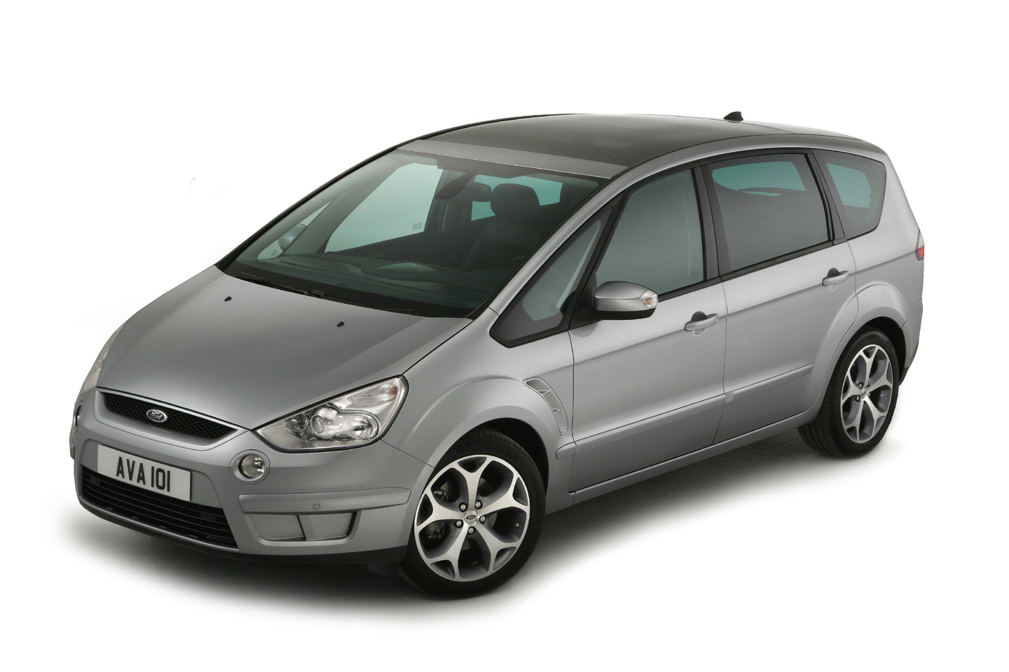 Ford S-MAX photo 11