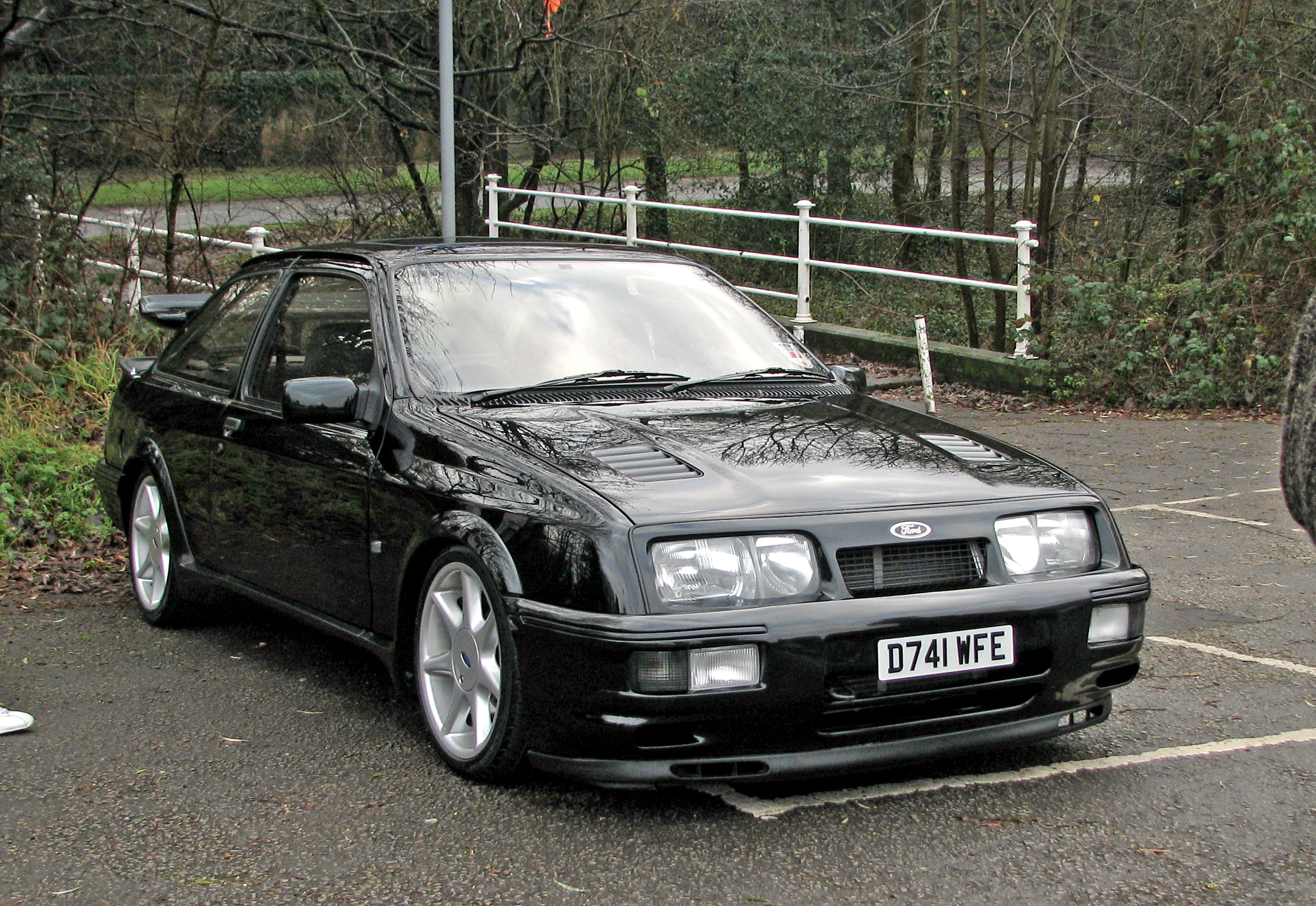 Ford Sierra photo 06