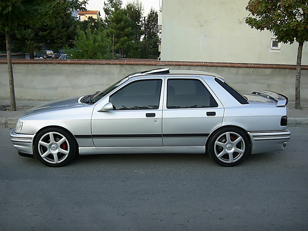 Ford Sierra photo 12