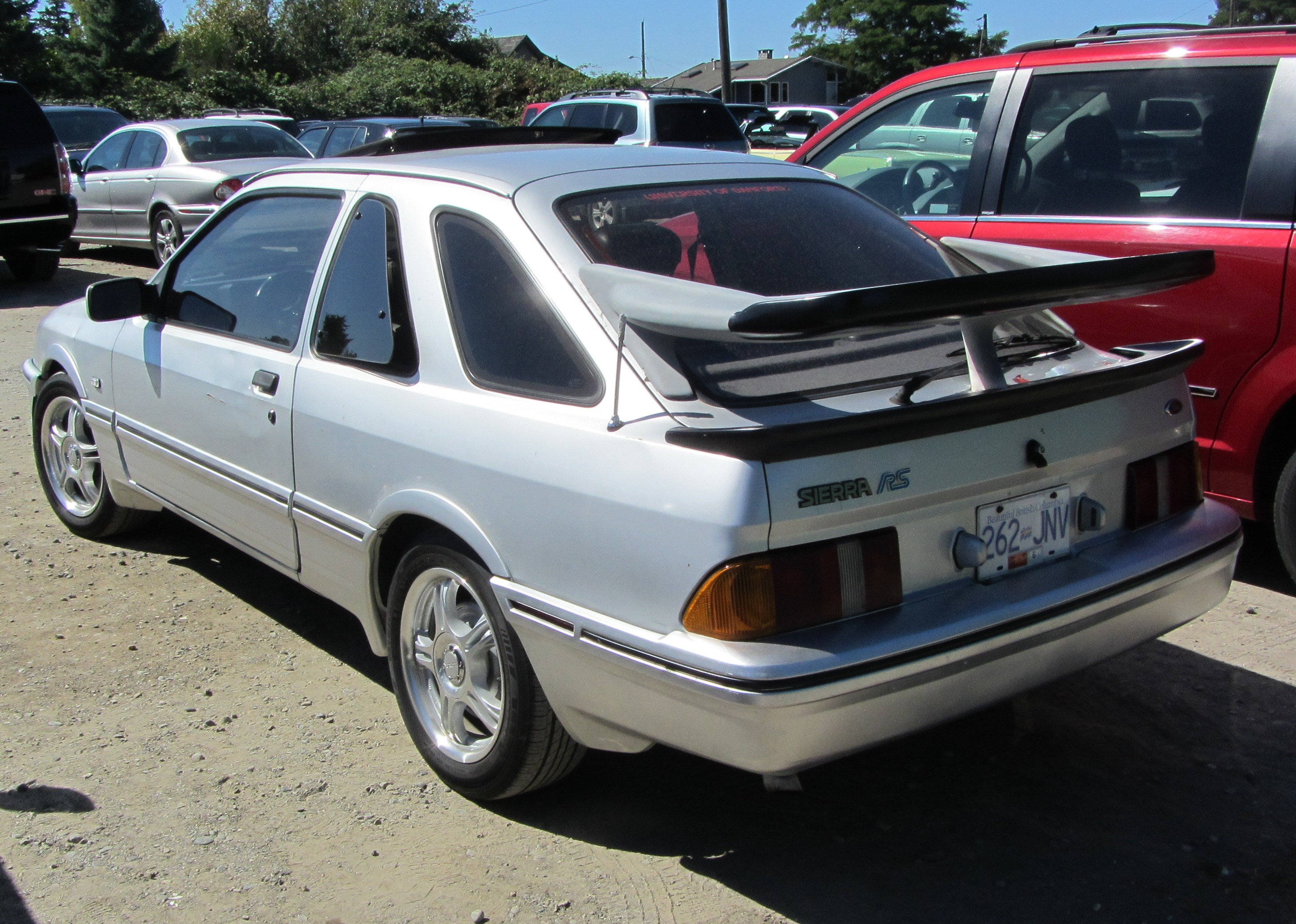 Ford Sierra photo 16