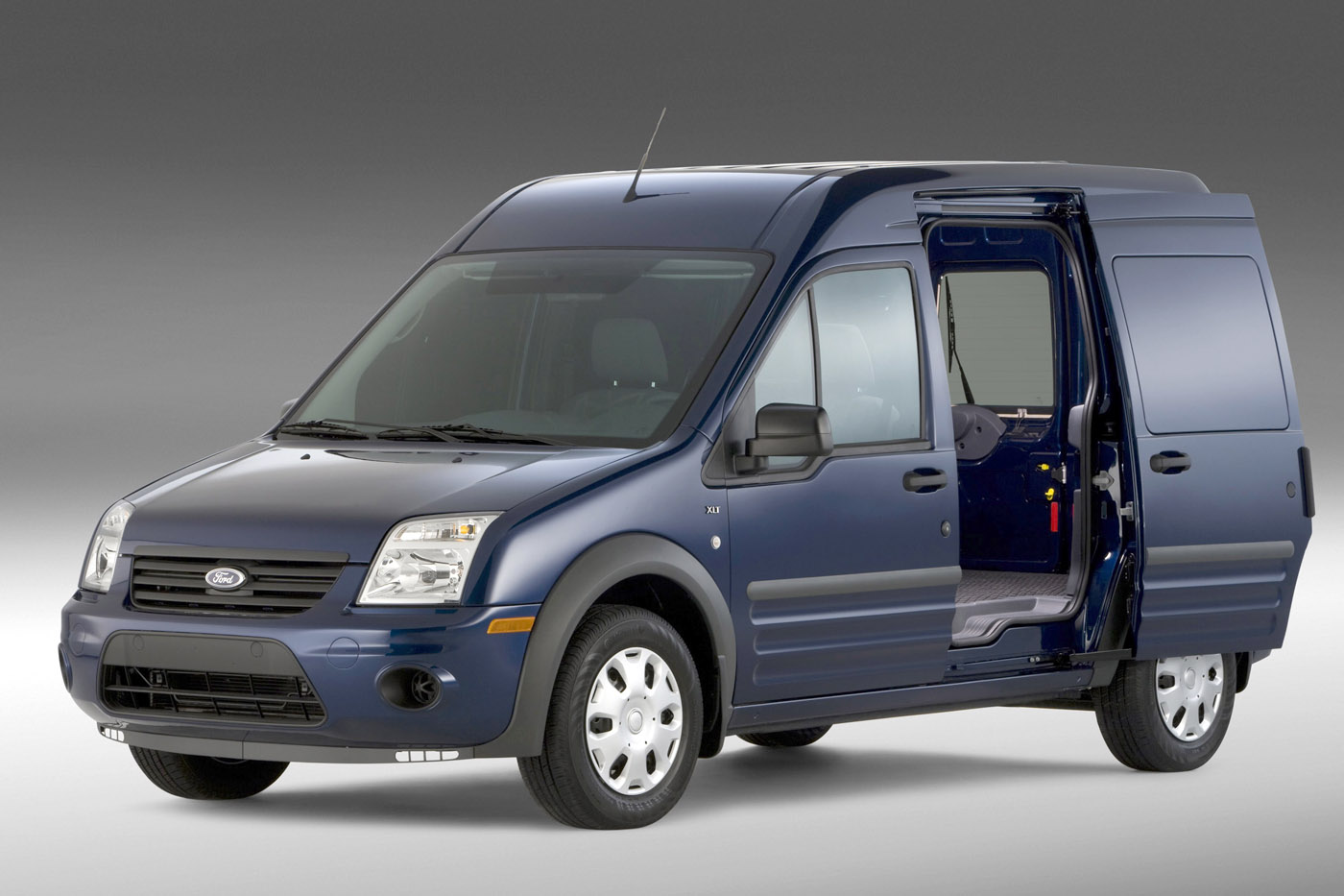 Ford Transit Connect photo 10