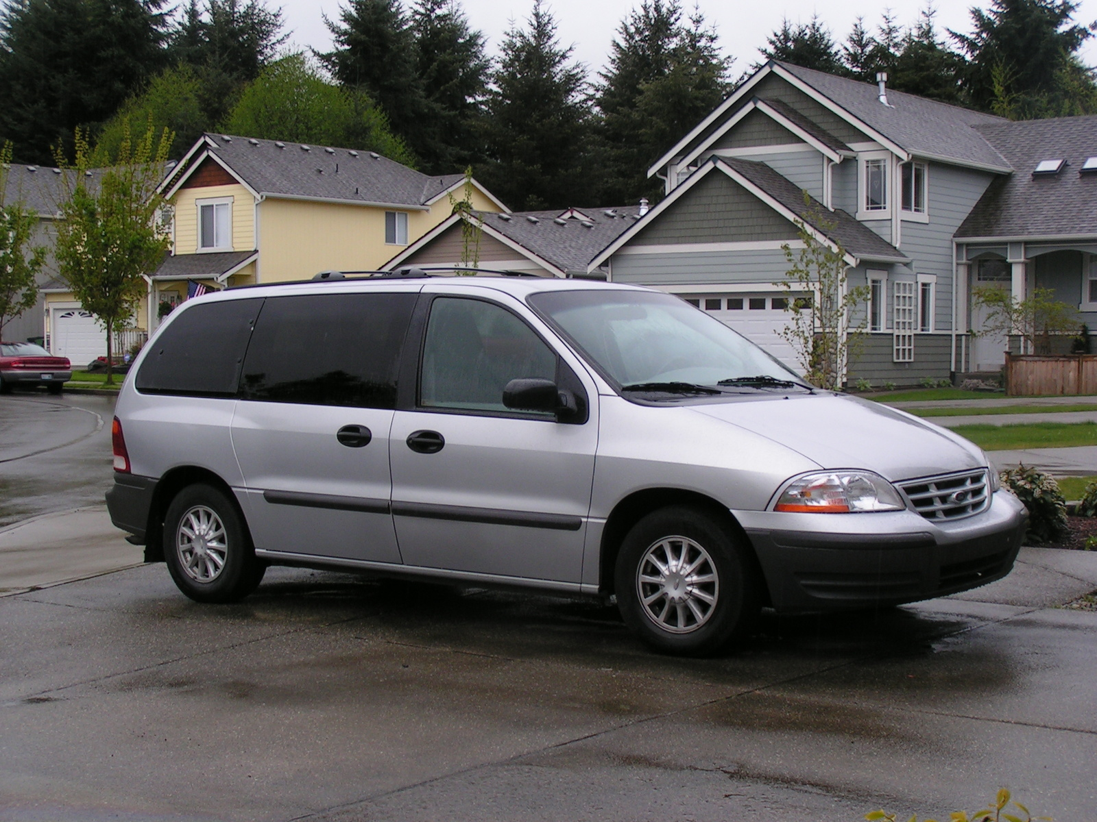 Ford Windstar photo 04