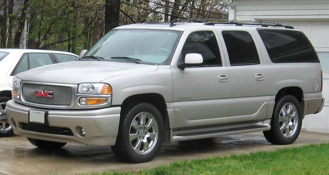 GMC Yukon photo 09