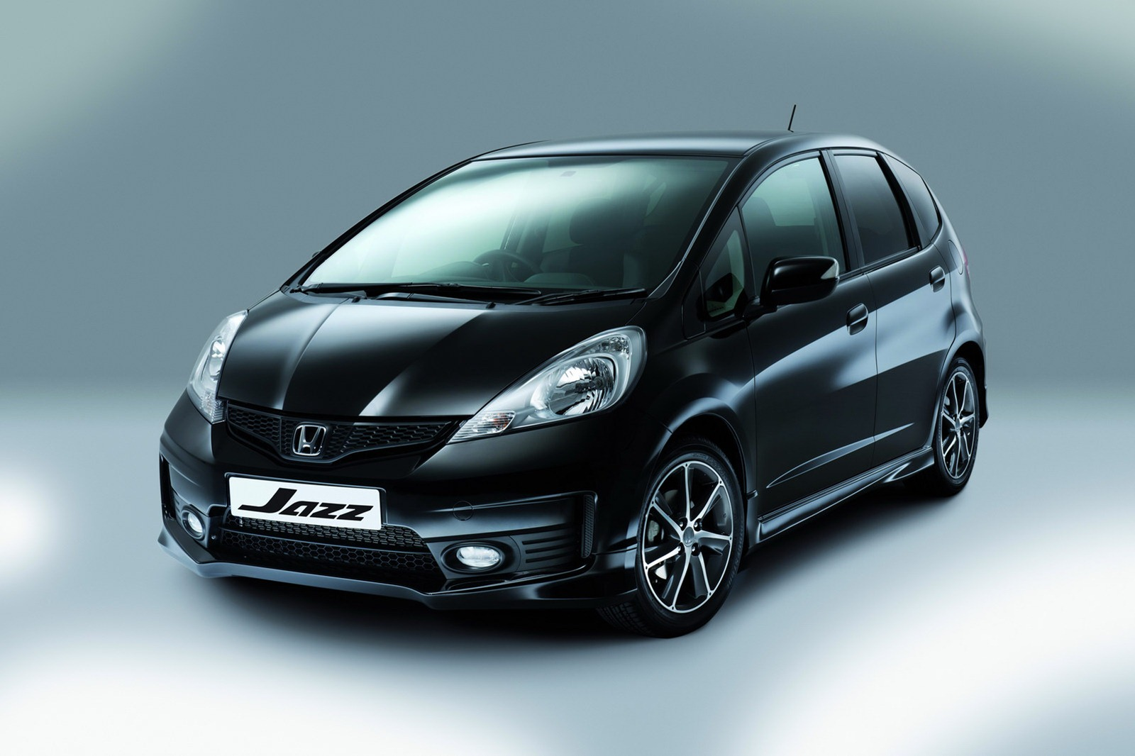 Honda jazz photo 12