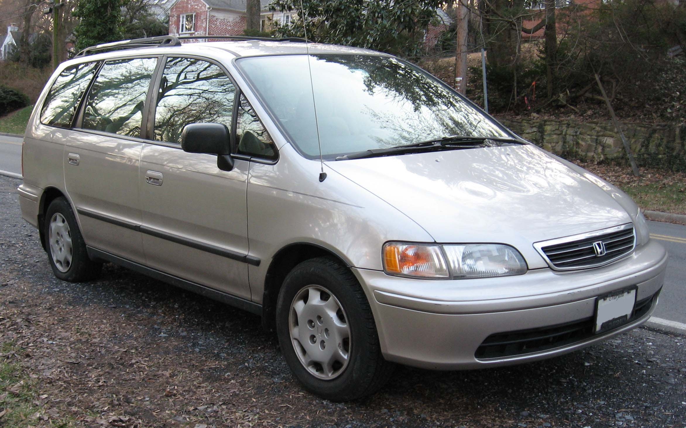 Honda Shuttle photo 02