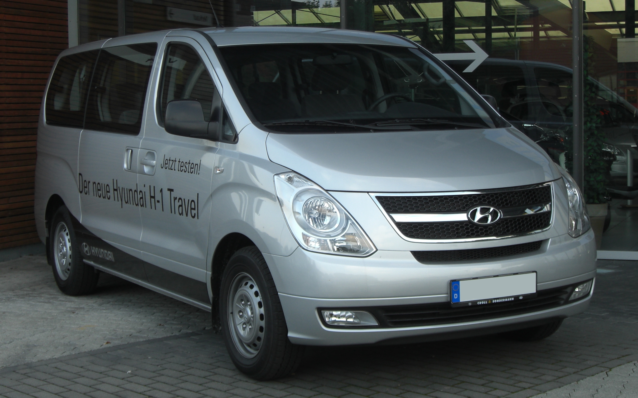 Hyundai H1 photo 02