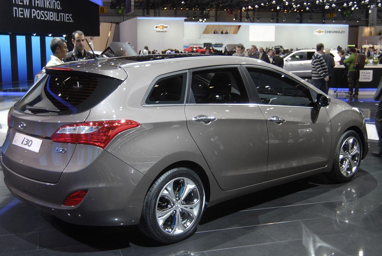 Hyundai I30 Kombi Technical Details History Photos On