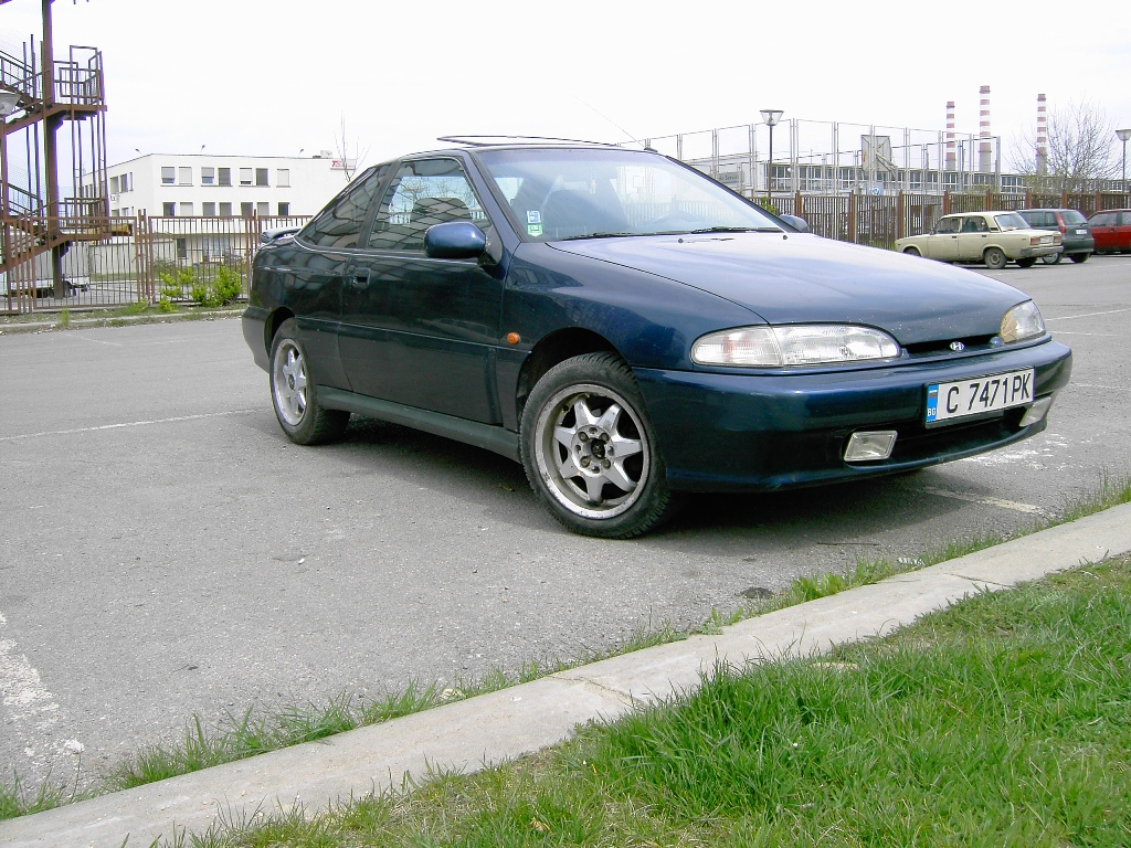 Hyundai S-Coupé photo 04