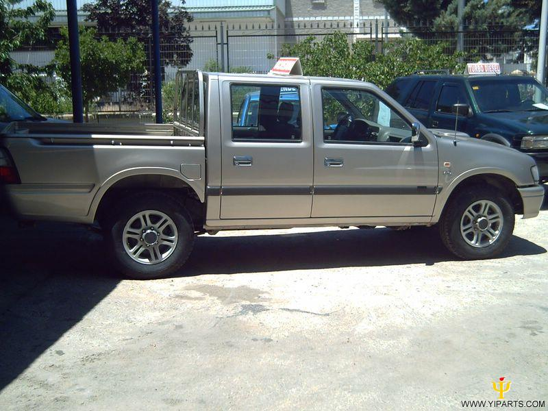 Isuzu Campo photo 03