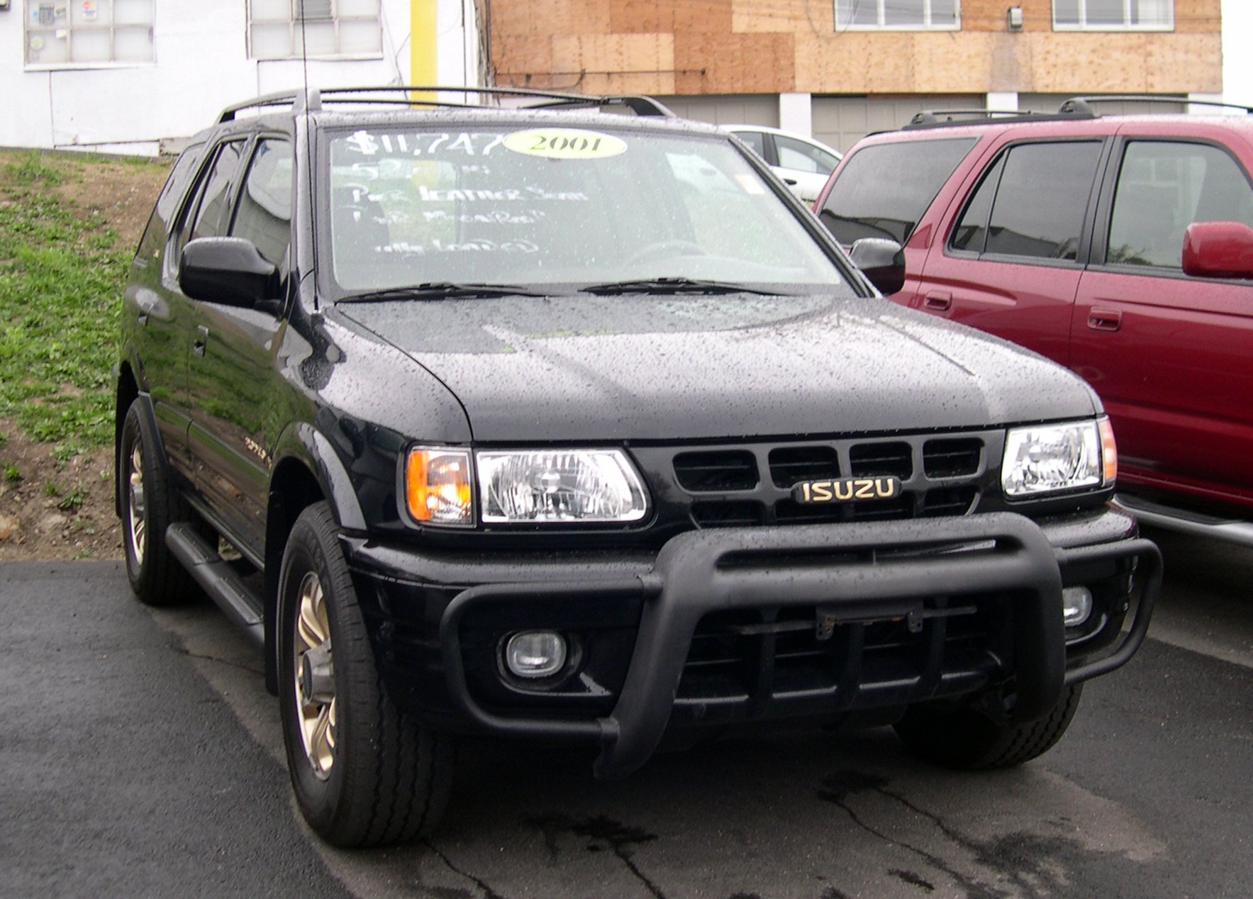 Isuzu Rodeo photo 02