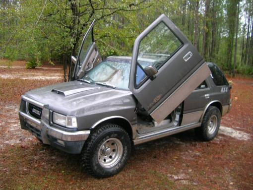 Isuzu Rodeo photo 06