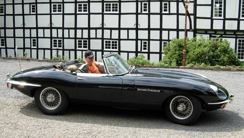 Jaguar E-Type photo 02