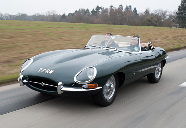 Jaguar E-Type photo 16