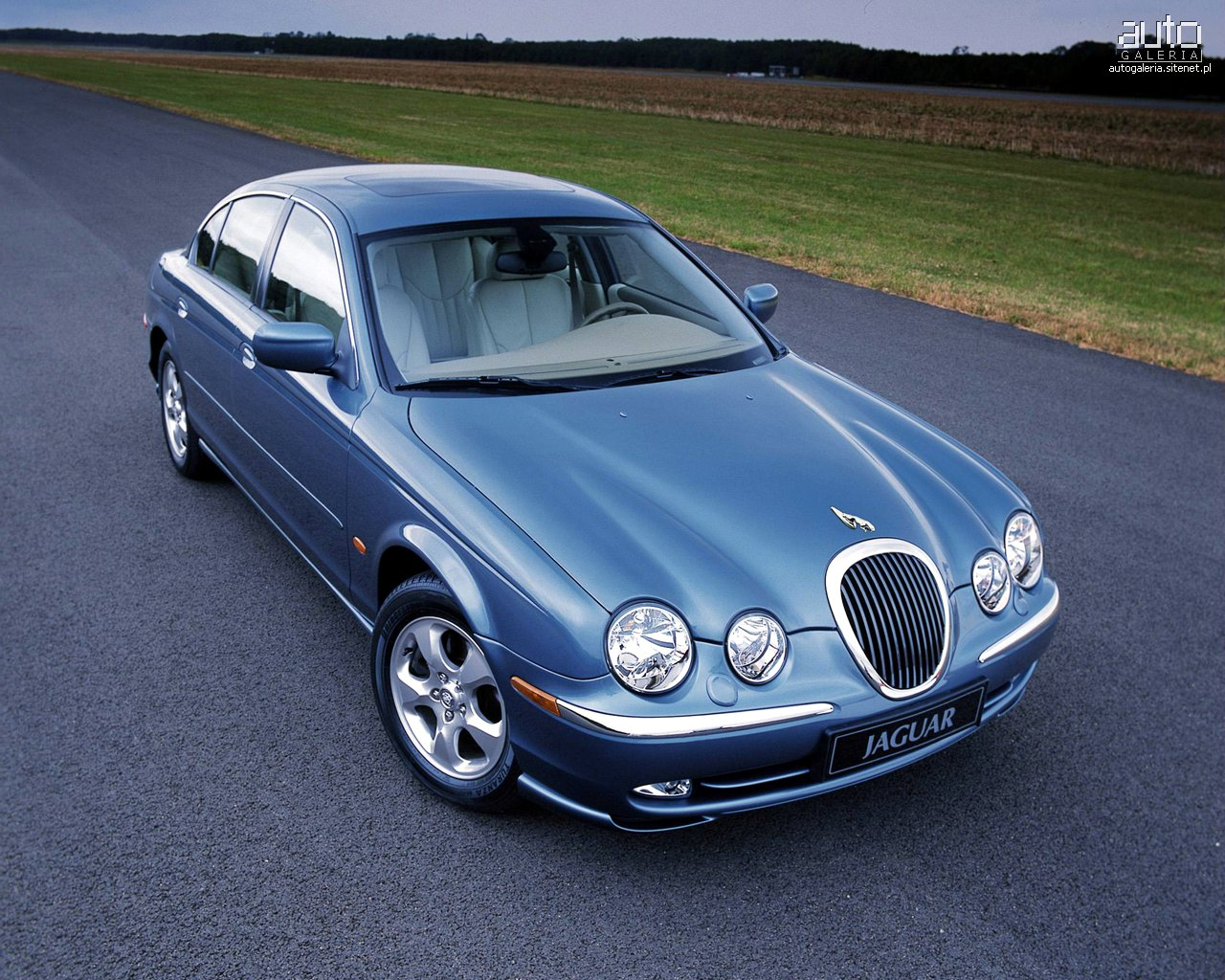 Jaguar S Type Photo 08