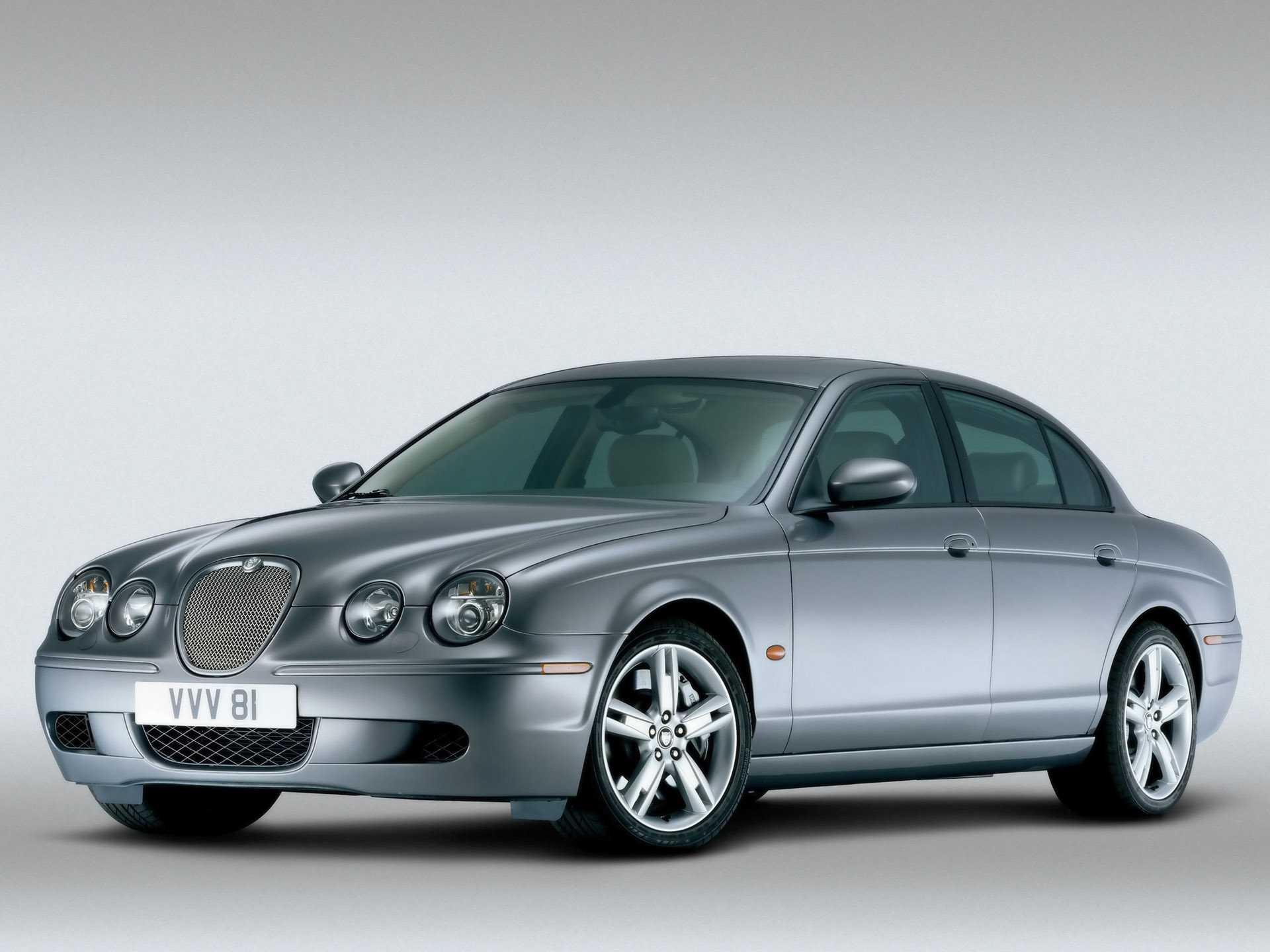 Jaguar S-Type photo 12