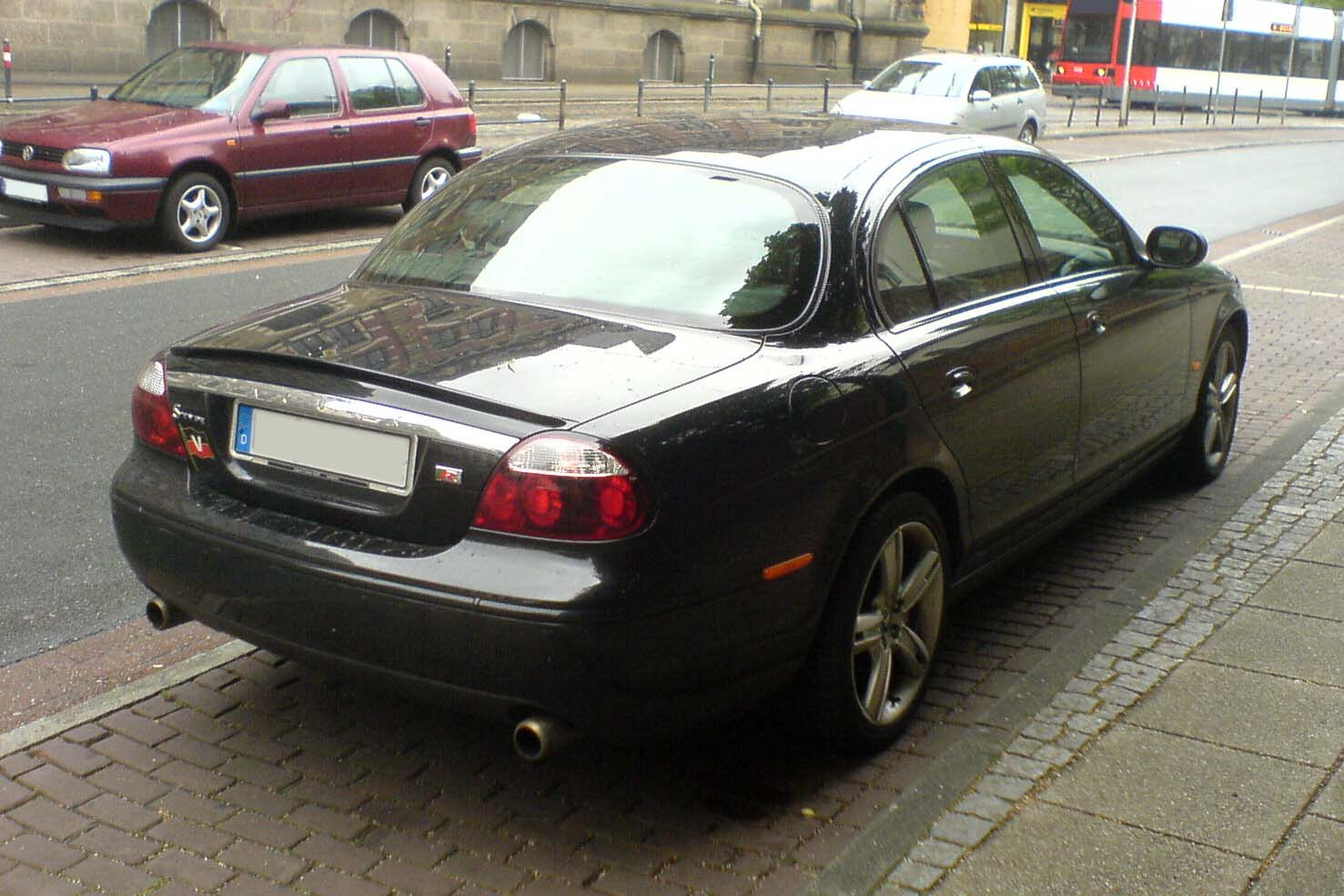 Jaguar S-Type photo 14