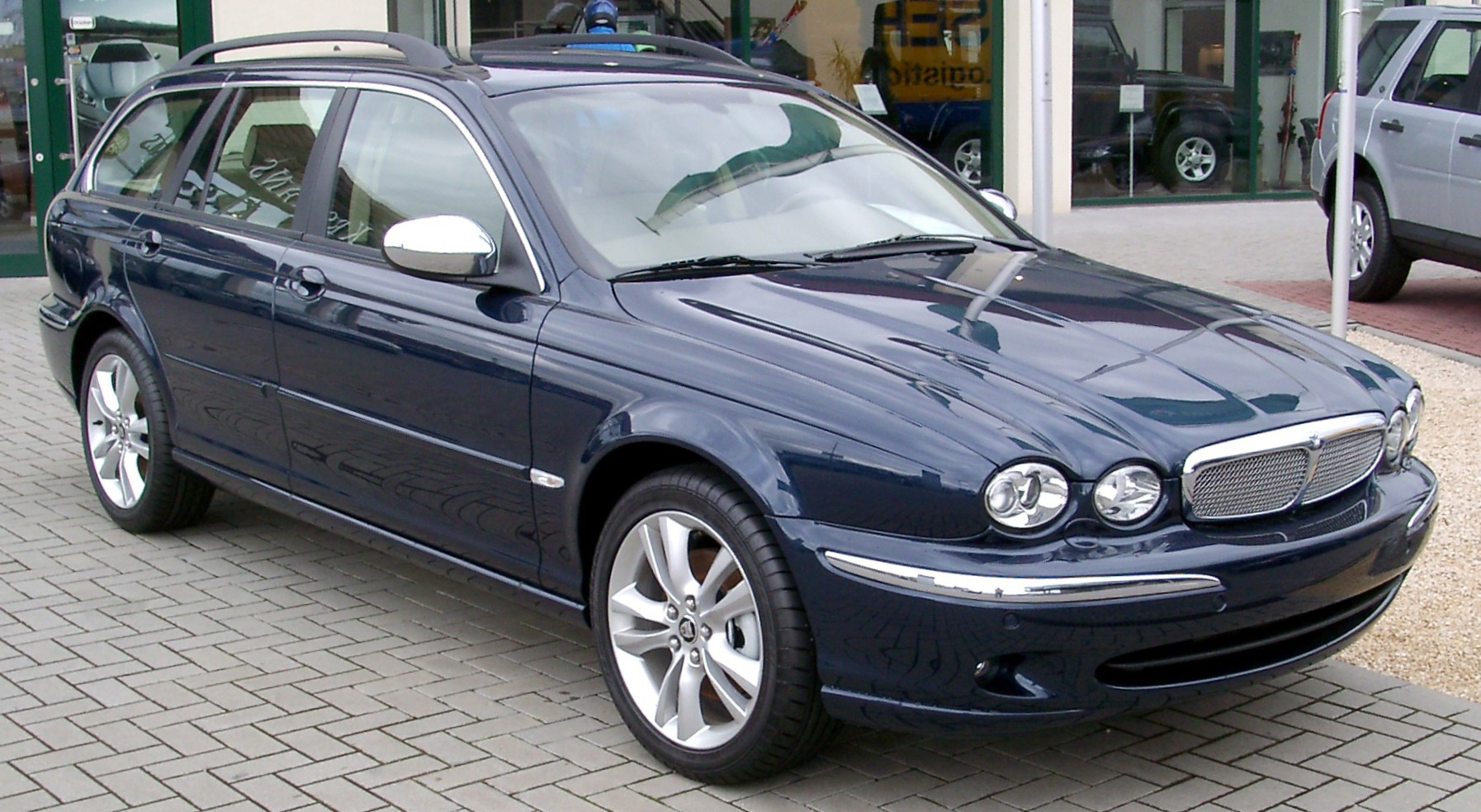 Jaguar X-Type photo 03