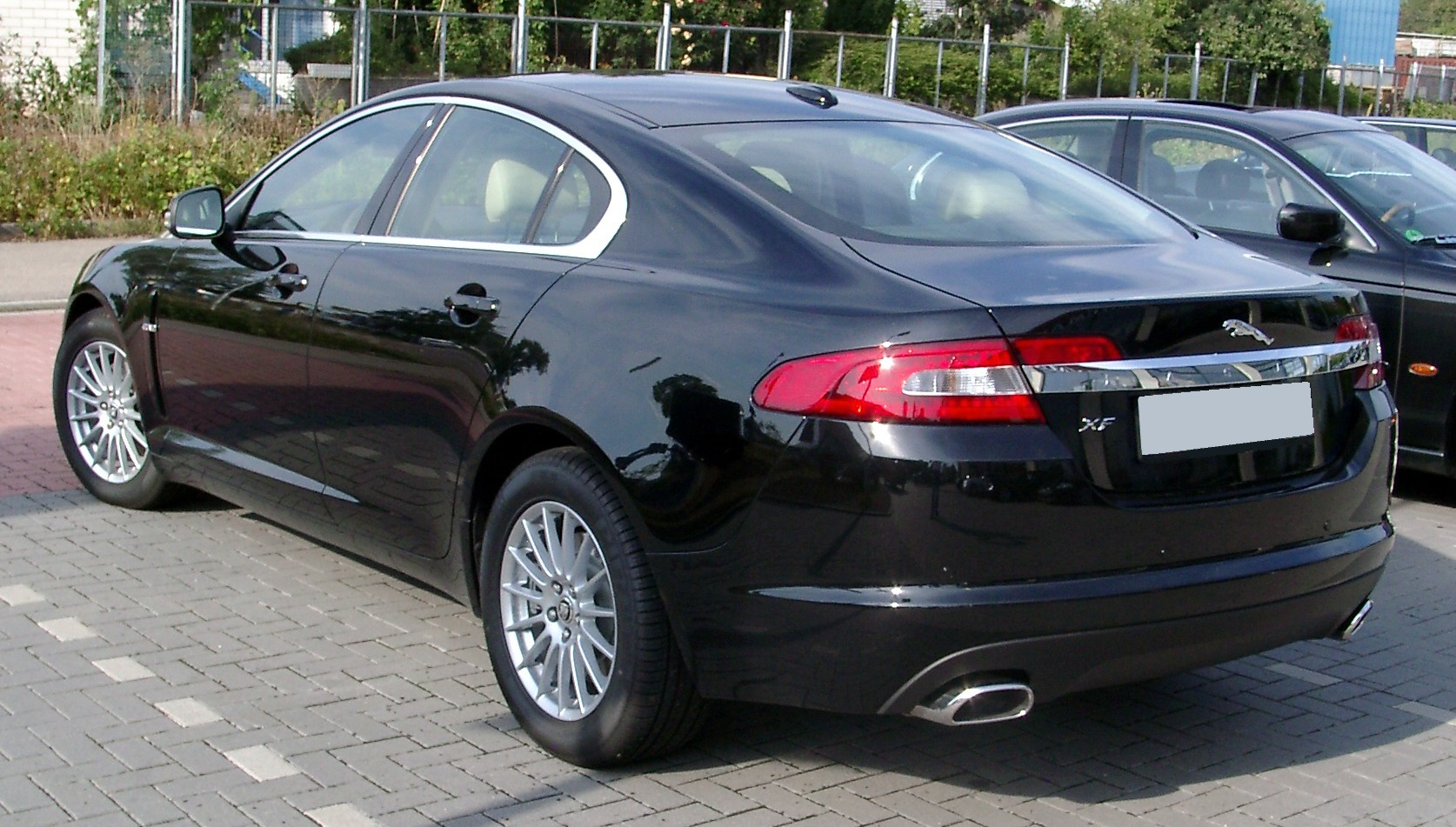 Jaguar XF photo 03