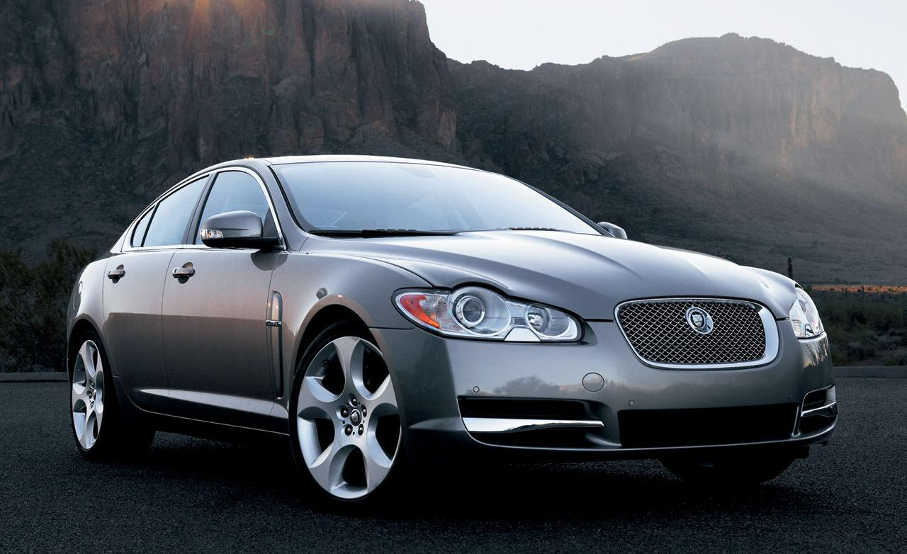 Jaguar XF photo 11