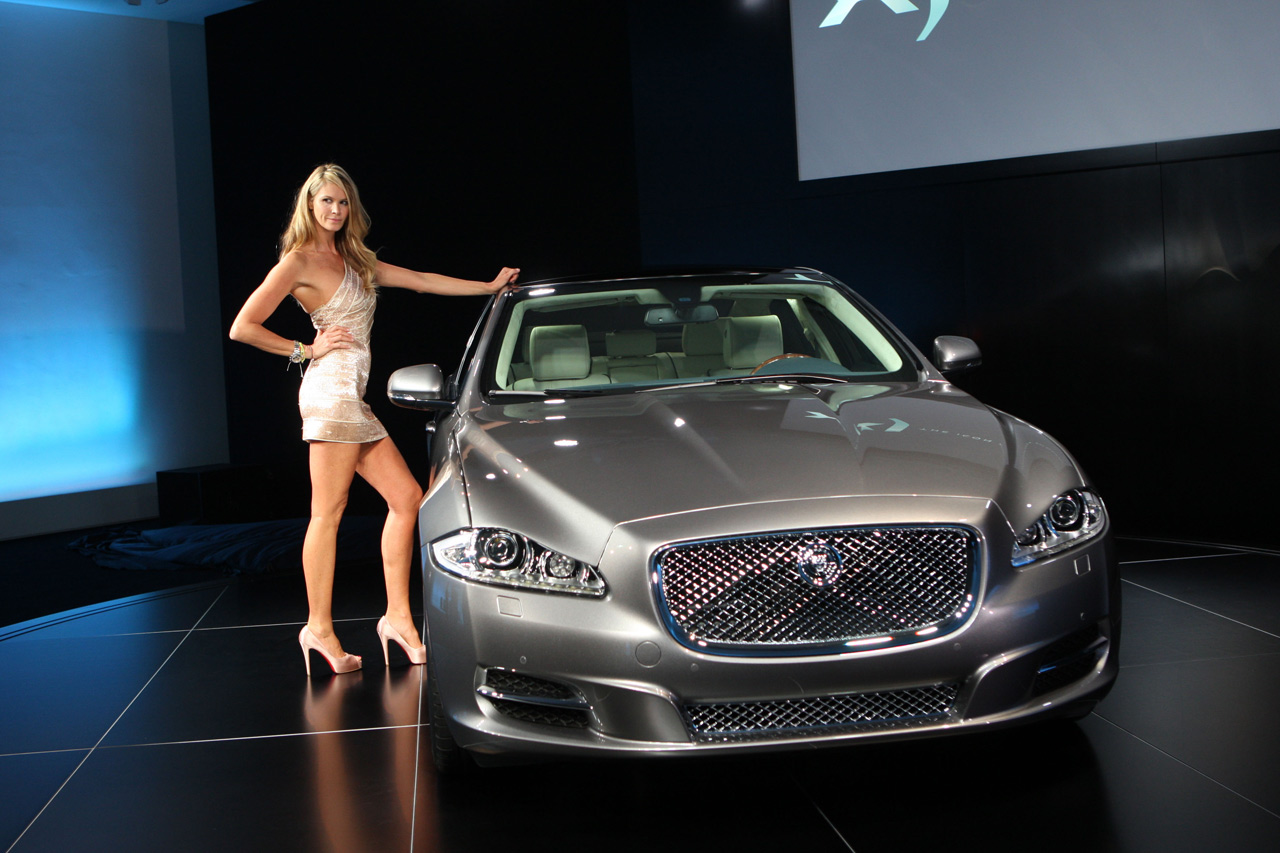 Jaguar XJ photo 09
