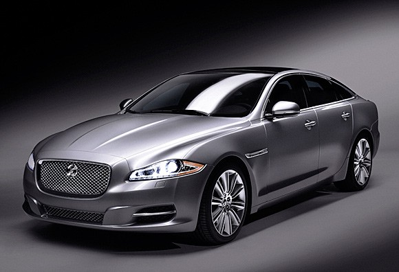 Jaguar XJ photo 13