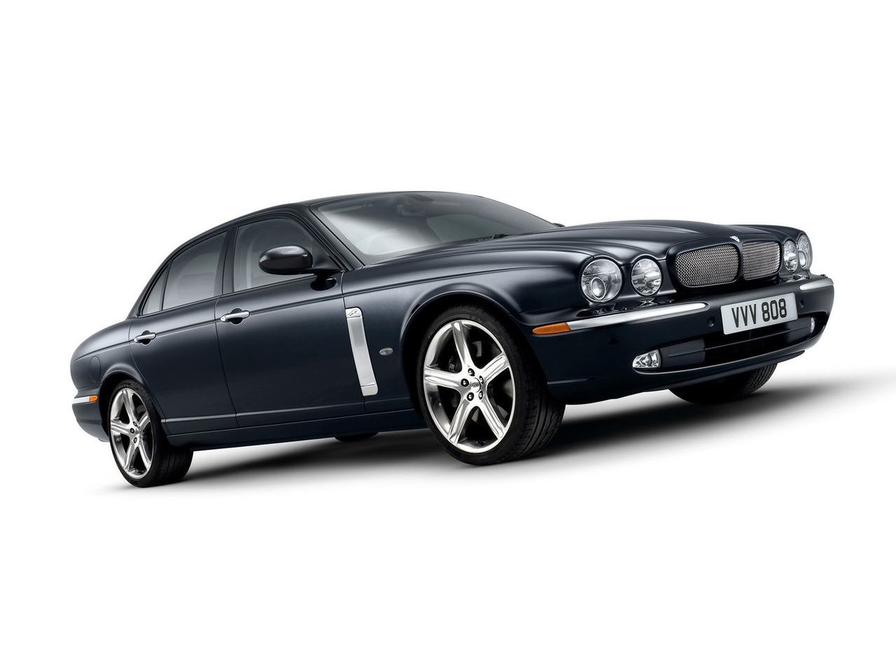 Jaguar XJR photo 13