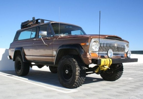 Jeep Cherokee Chief image #3