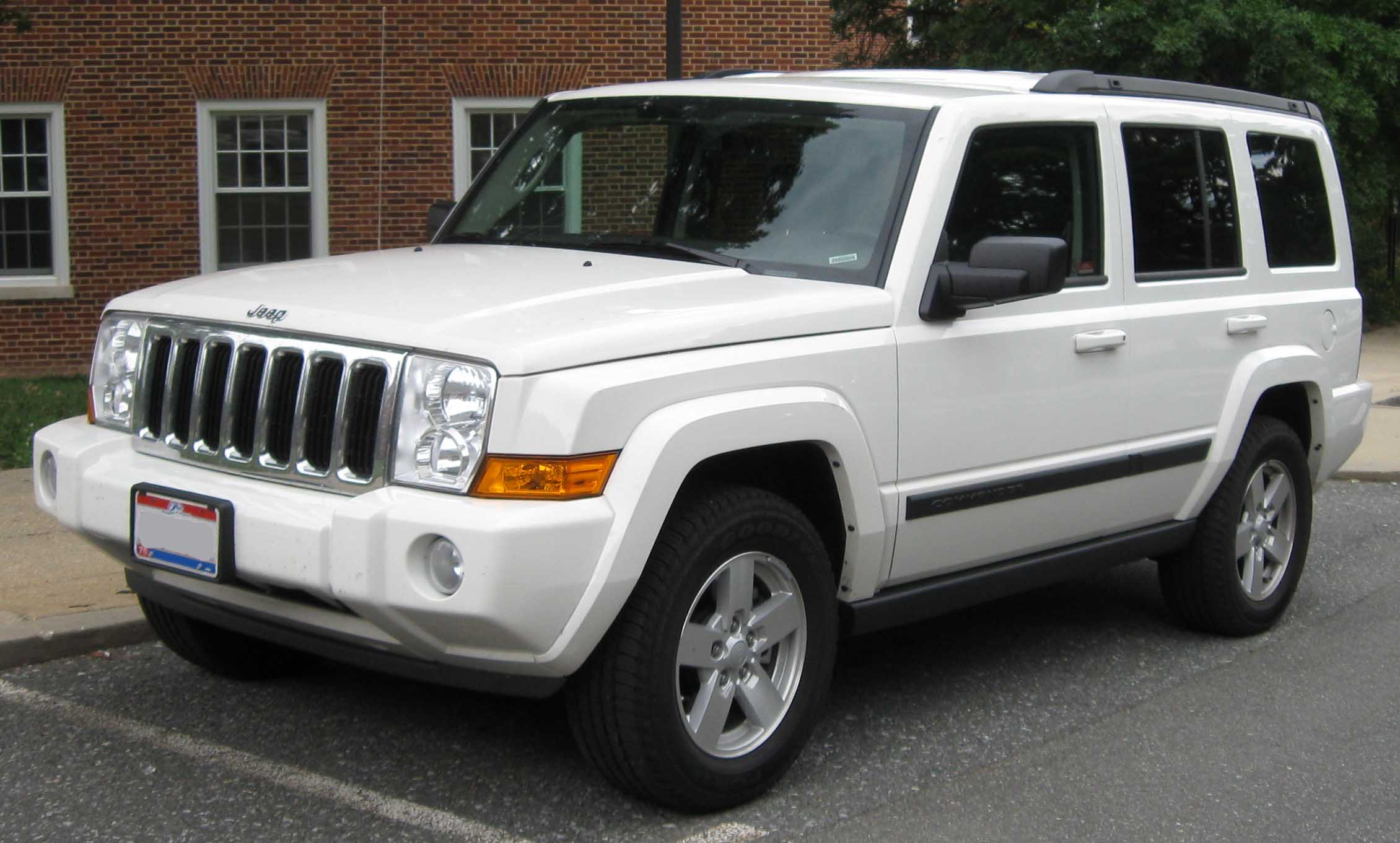 Jeep Commander image #1