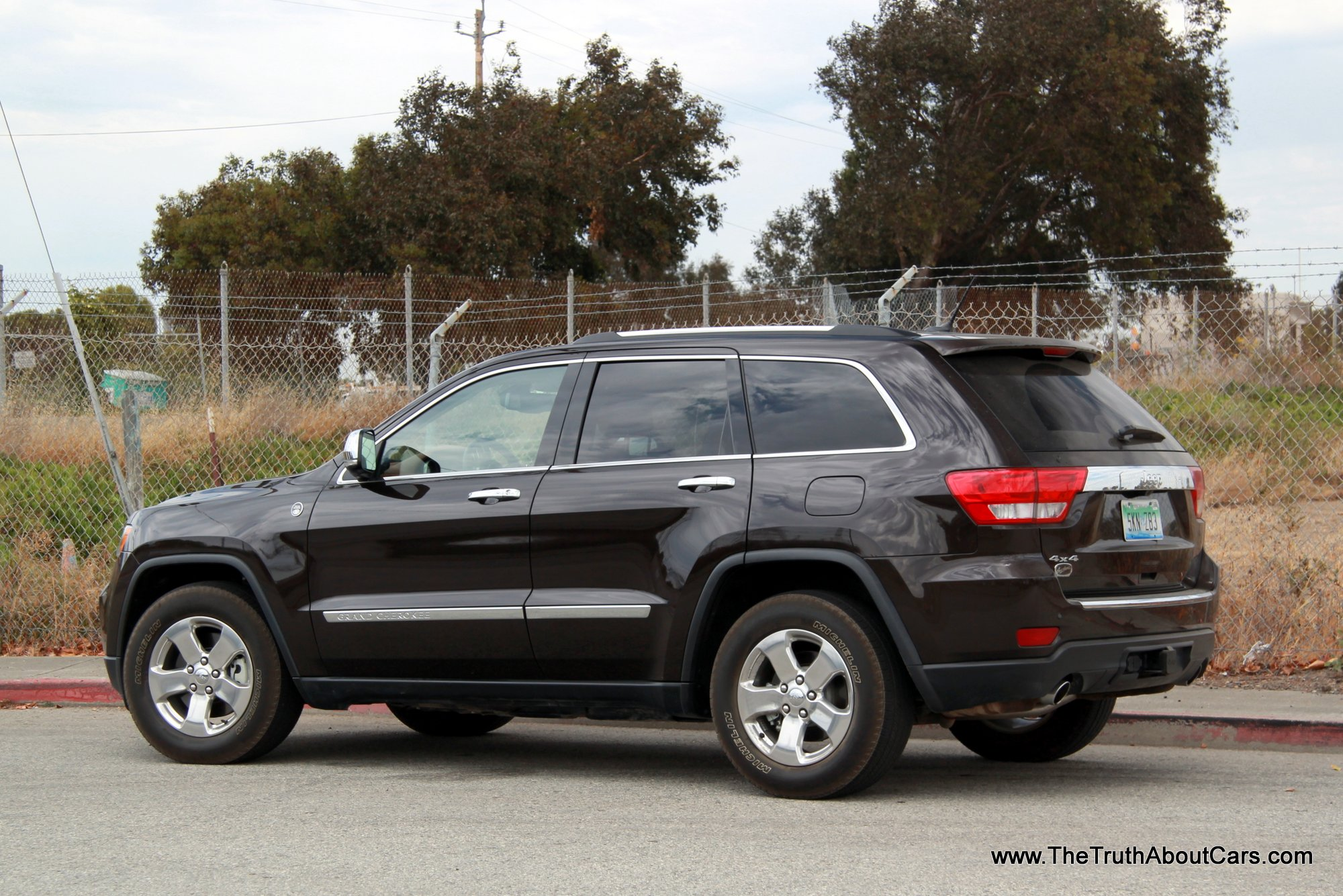 Jeep Grand Cherokee Overland photo 05