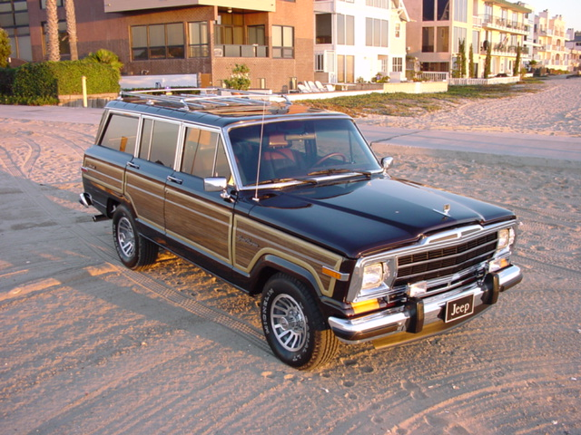 Jeep Wagoneer photo 04