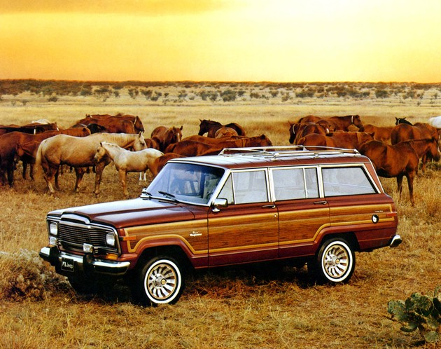 Jeep Wagoneer photo 11