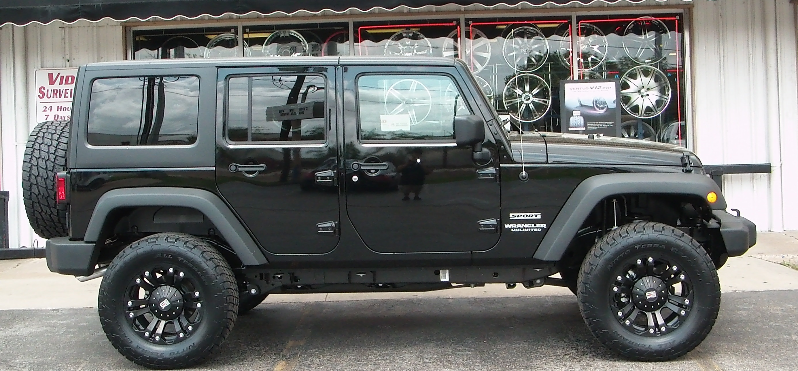 jeep wrangler unlimited technical details history photos on better. Cars Review. Best American Auto & Cars Review