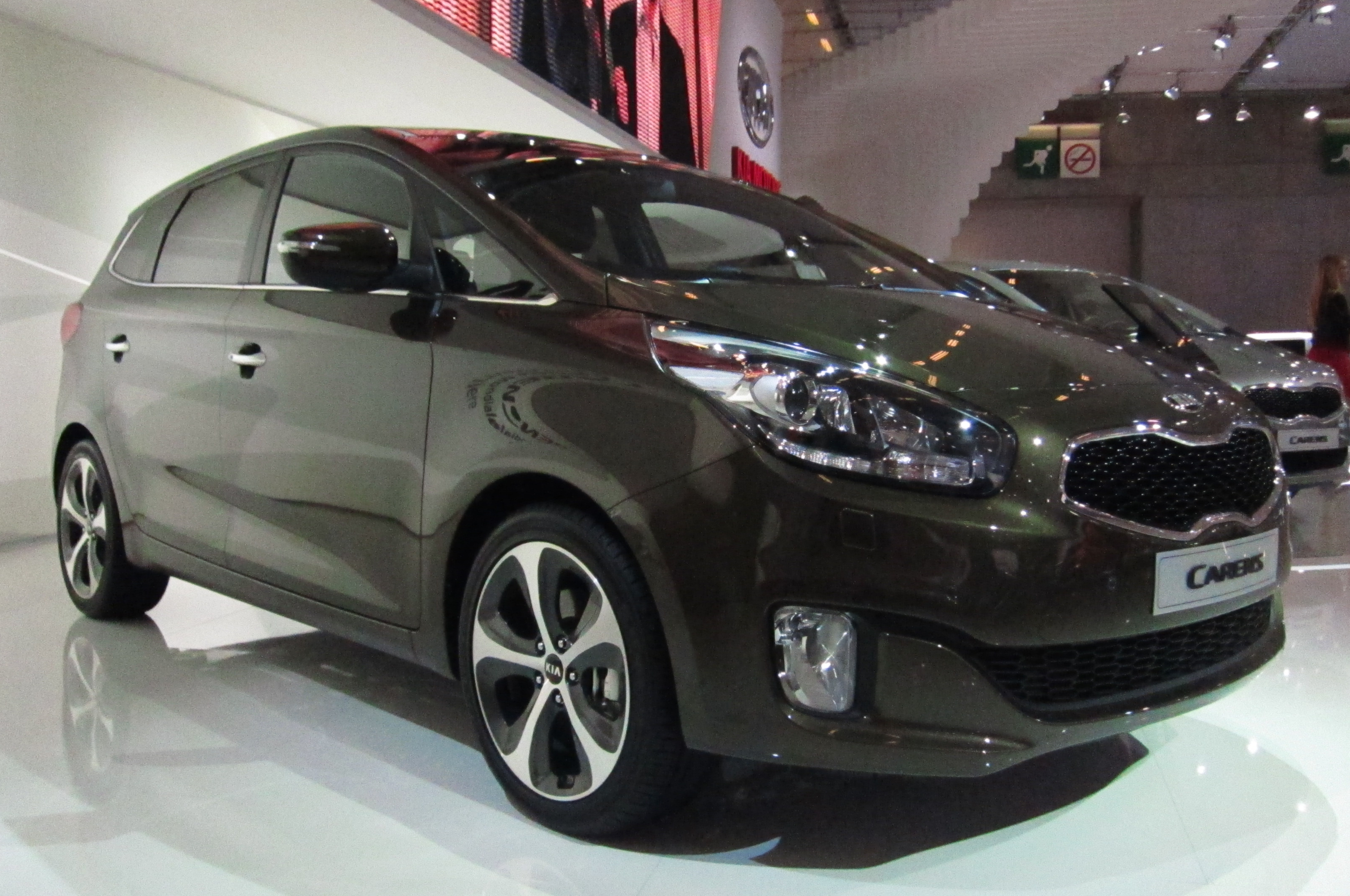 Kia Carens photo 11