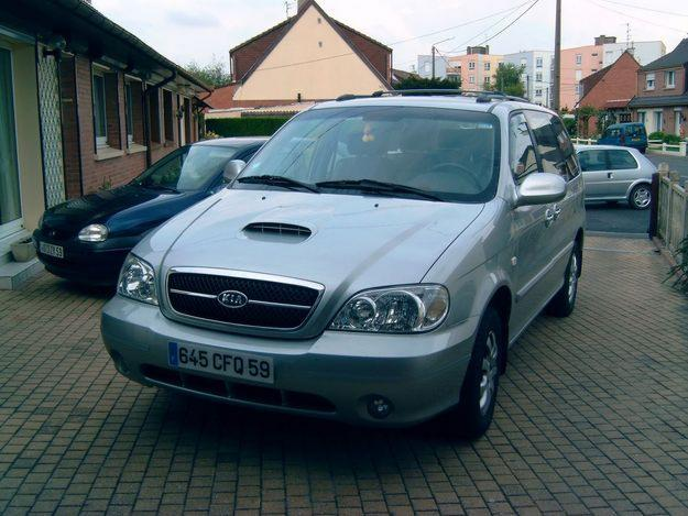Kia Carnival 2.9 CRDi photo 04