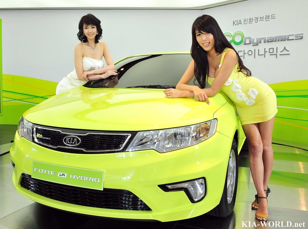 Kia Forte LPI Hybrid photo 06