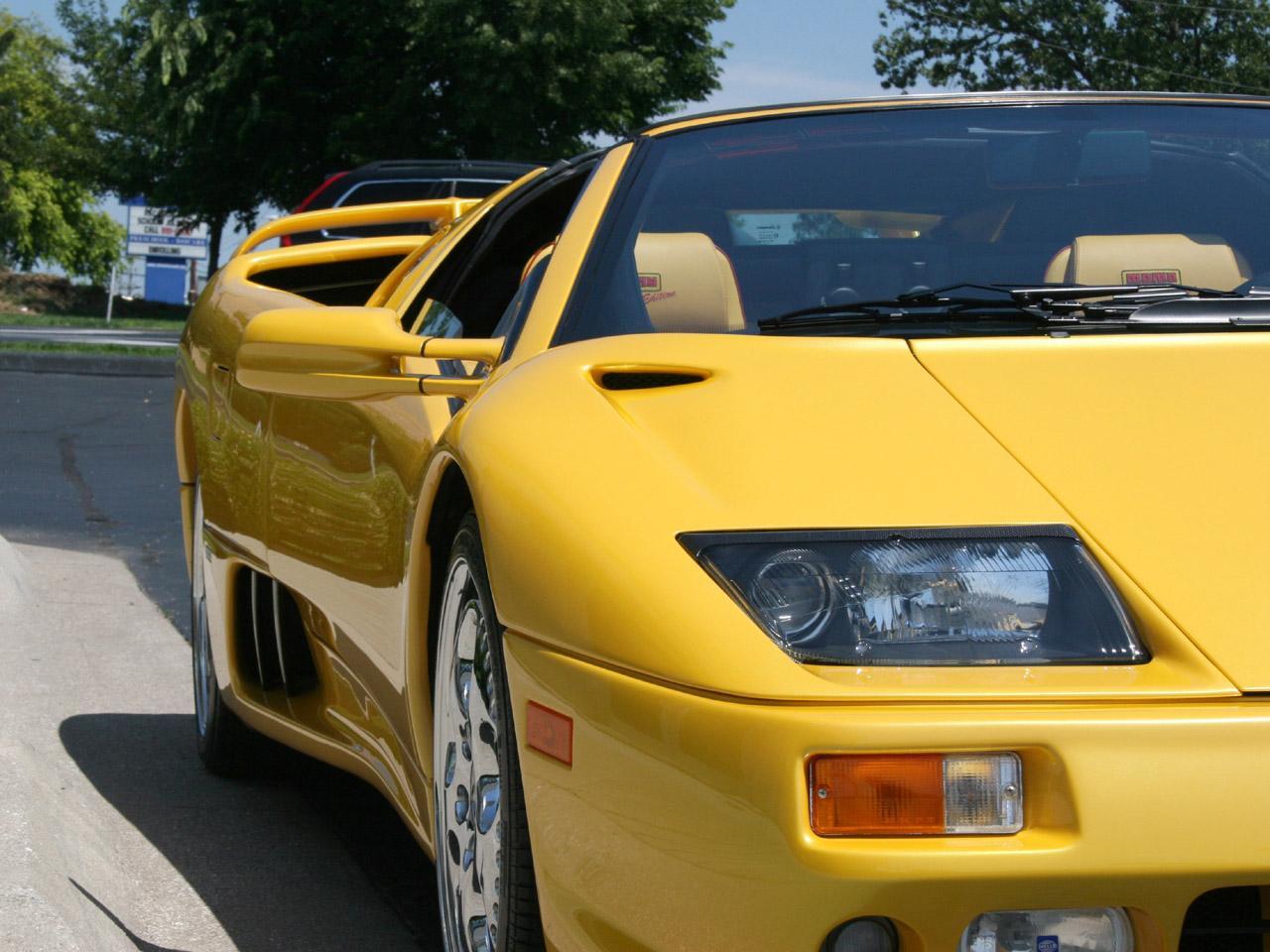 Lamborghini Diablo Vt Roadster Technical Details History