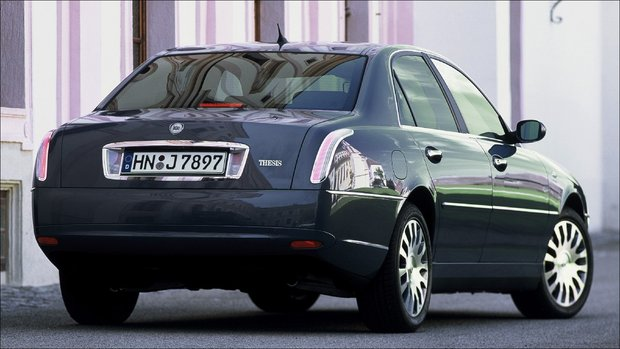 testbericht lancia thesis 2.4 multijet 2001 lancia thesis 24 jtd automobile specifications & information technical data and performance, fuel economy figures, dimensions and weights, engine power and.