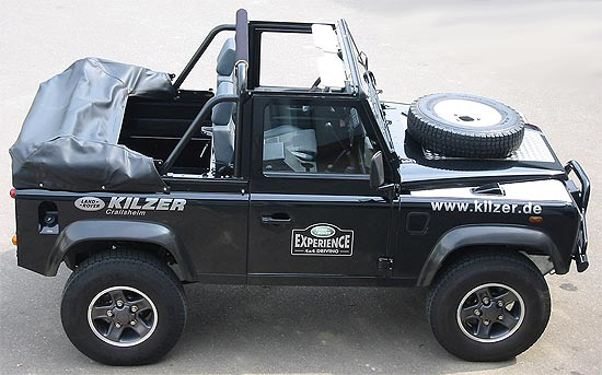Land Rover Defender Cabriolet Two Technical Details