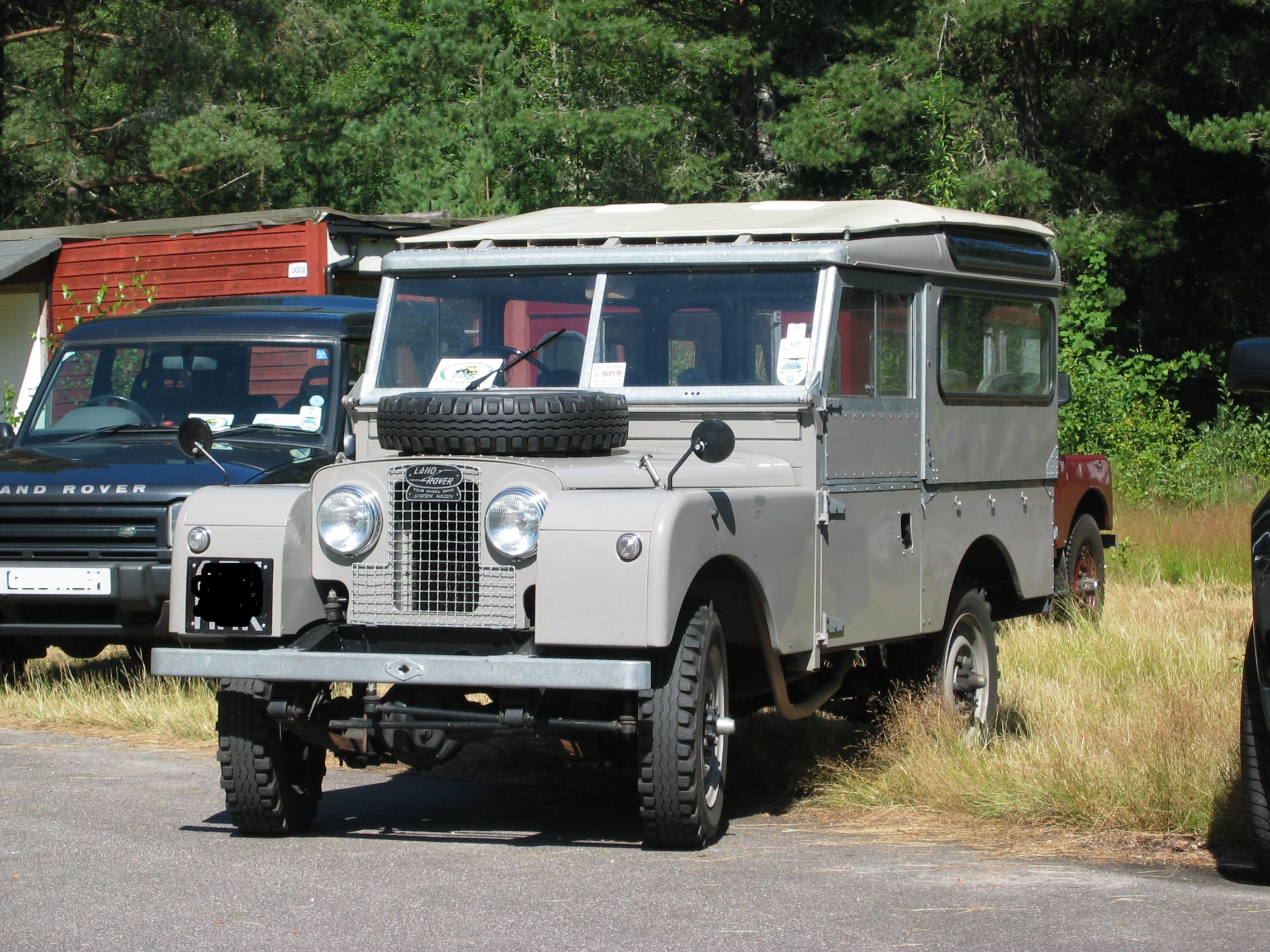 Land-Rover Series image #1