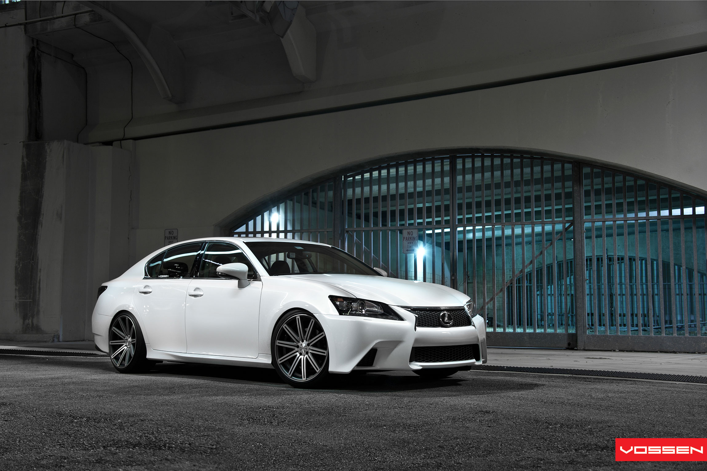 Lexus GS photo 13