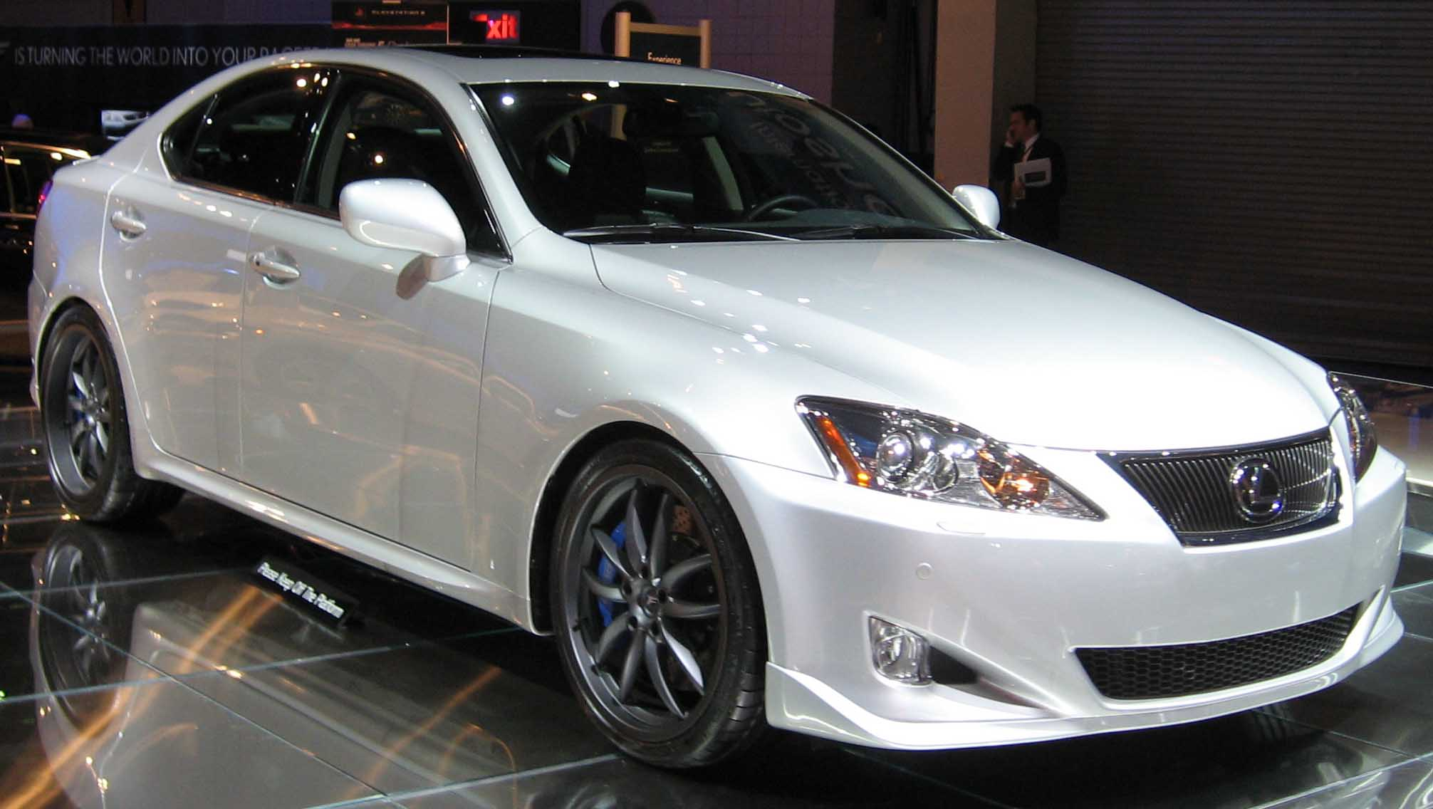 Lexus IS-F photo 03