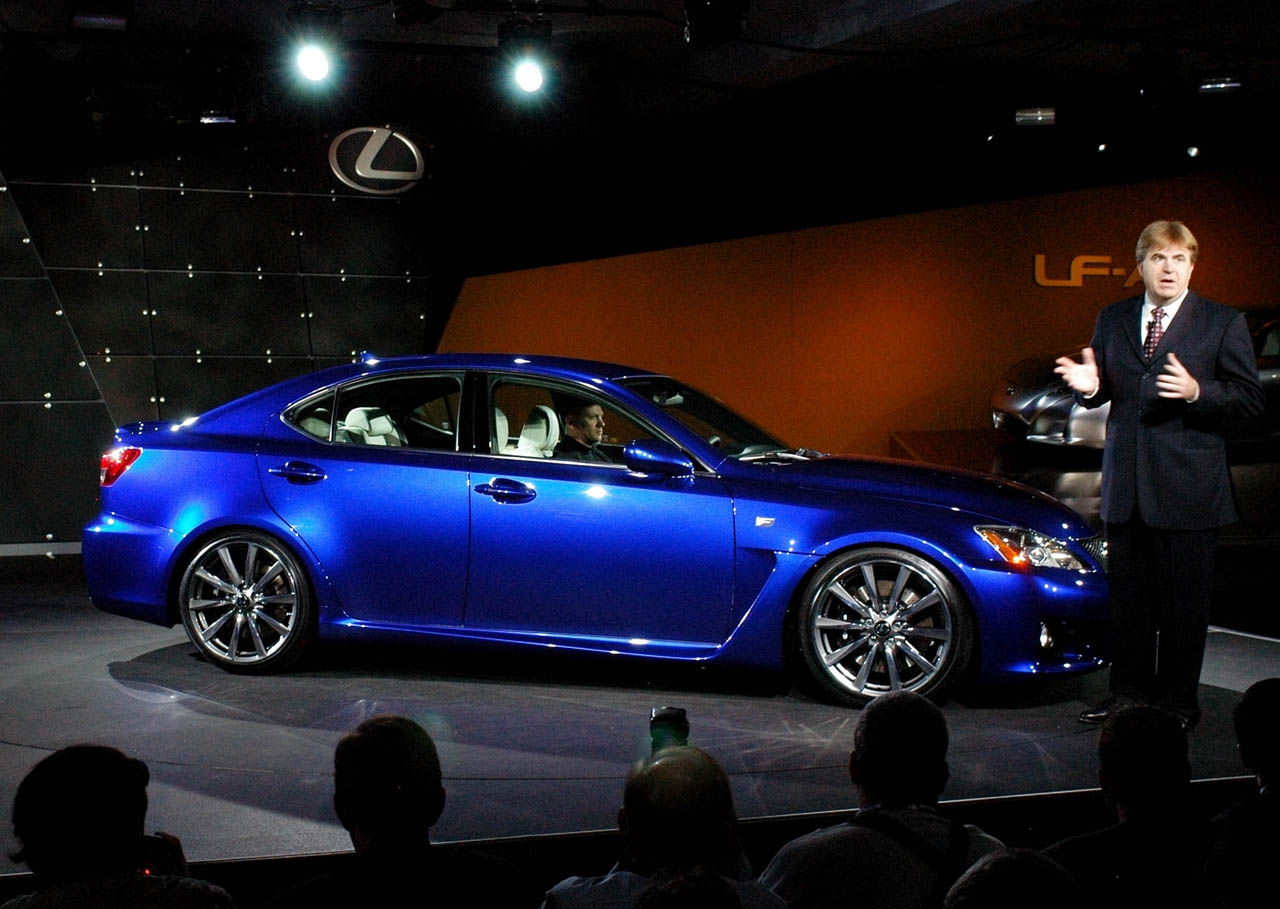 Lexus IS-F photo 04