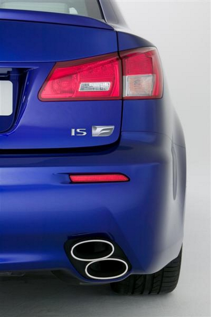 Lexus IS-F photo 05
