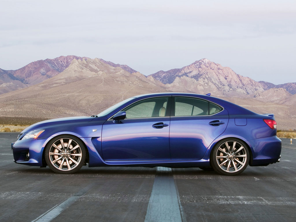 Lexus IS-F photo 10